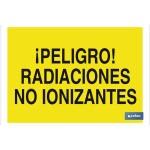 Señal advertencia peligro con texto radiaciones no ionizantes 420X297