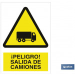 Señal advertencia peligro salida de camiones 210×148